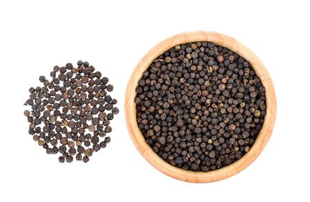 peppercorn: peppercorn isolated on white background