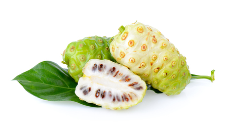 Noni fruit on white background Banque d'images