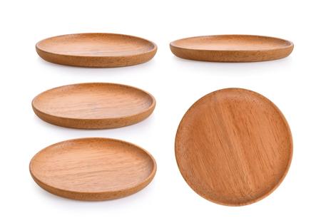 piastra di legno su sfondo bianco