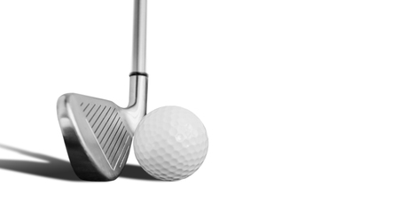 Golf ball and iron isolated on white Imagens