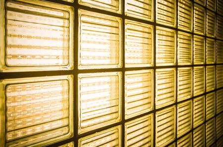 Pattern of yellow block wall, Backgrounds 免版税图像