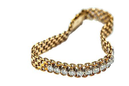 Hermoso brazalete de diamantes aislado en blanco Foto de archivo