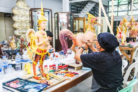 Artist painted on Himmapan Animal Statues in Thai literature at the Fine Arts Department, Sanam Luang, Bangkok, Thailand, September 14, 2017 報道画像