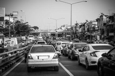 Rush hour - Traffic jam at Ratchawithi road Bangkok Thailand, Backgrounds Фото со стока