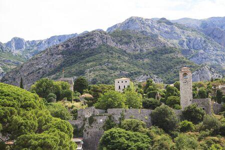 View of ruins of Stari Bar, ancient fortress in Montenegro Foto de archivo - 150115854