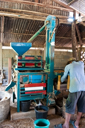 chafe: Milling rice at Roi Et Province,Thailand