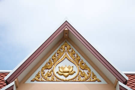detai: Lotus sculpture onthe top of temple roof at Wat Phra Prathon Chedi, Nakhon Pathom  province, Thailand Stock Photo