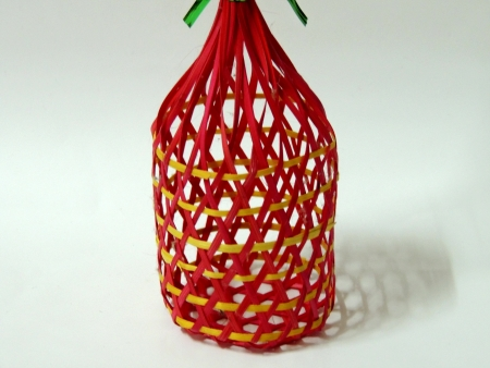 round bamboo basket photo