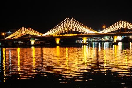ponte decora con la luce