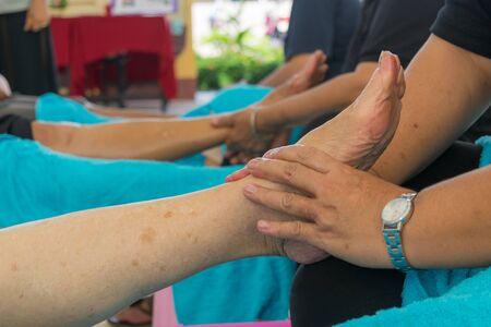 healer: Foot massage for health massage of ancient