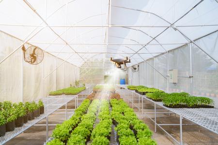 Aviones no tripulados Drone para agricultura trabajo automatizado en la granja