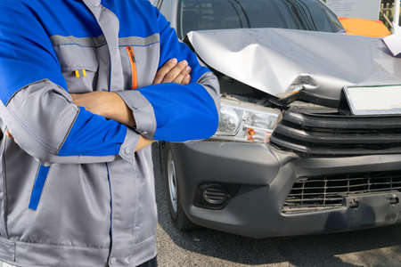 Auto mechanic and car accident