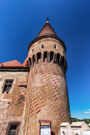 mani: Old tower