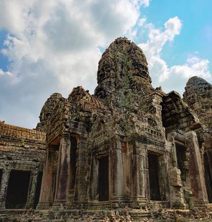 prasat bayon: Long corridors and doorway of Prasat Bayon, the central temple of Angkor Thom Complex, Siem Reap, Cambodia. Ancient Khmer temple with frescoes and columns, World Heritage.