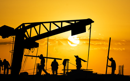 materiales de construccion: Trabajadores Sundown