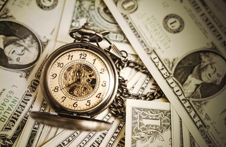bolsa dinero: El tiempo es dinero