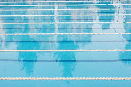 piscina olimpica: Piscina al aire libre ol�mpica