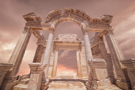 columnas romanas: Éfeso ruinas de Esmirna, Turquía