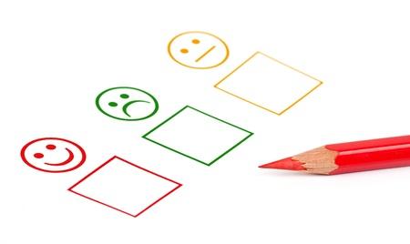 Kundenzufriedenheit Fragebogen zeigt Marketing-oder Business-Konzept Standard-Bild - 16279256