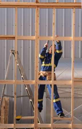 banging: A carpenter busy at work.