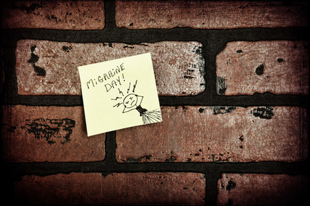 sufferer: Sticky note from a migraine sufferer.