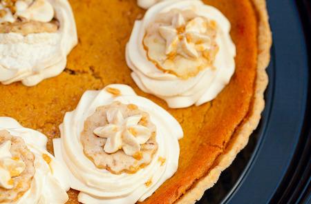 Macro shot of a Pumpkin Pie.  A Thanksgiving tradition. Imagens