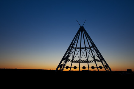 alberta: The worlds largest teepee is located in Medicine Hat, Alberta, Canada.   Originally constructed for the Calgary 1988 Winter Olympics, the Saamis Tepee is a tribute to Canada's native heritage. Stock Photo