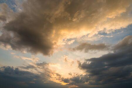 strom: heavy strom clouds raining incoming, dramatic