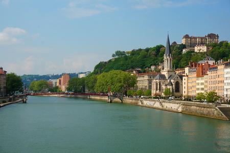lyon: Lyon Riverside