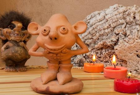 kabouters: beeldjes met kabouters en andere magische wezens van het bos
