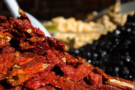 natual: a cascade of excellent Italian sun-dried tomatoes