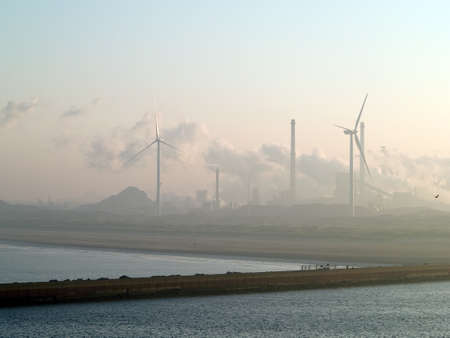 energy channels: Industry in the fog