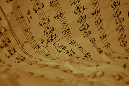 score with musical notes with an antiquing look Imagens