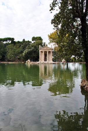 esculapio: Temple of Aesculapius  seen on the shores of Lake