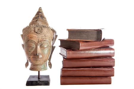 철학과 지혜. 철학자 Buddha는 고대 신학 교과서를 가지고 있습니다. 종교 교육 및 윤리.