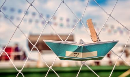 Origami papír csónak - elkapta a álmok Stock fotó