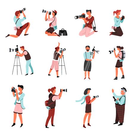 Cámara de fotos y fotógrafos hombres y mujeres con personajes masculinos y femeninos aislados disparando o fotografiando paparazzi o periodistas trípode y bolsas con lentes de repuesto fotografía y disparos.