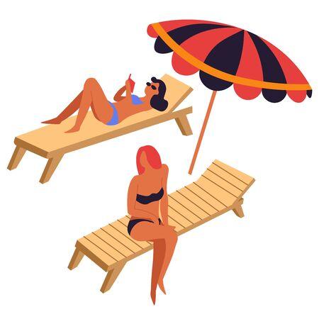 Frauen beim Sonnenbaden auf Liegen oder Liegestühlen unter Sonnenschirm
