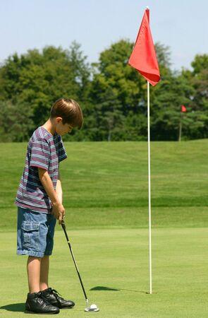 teen golf: Poner Ball Boy