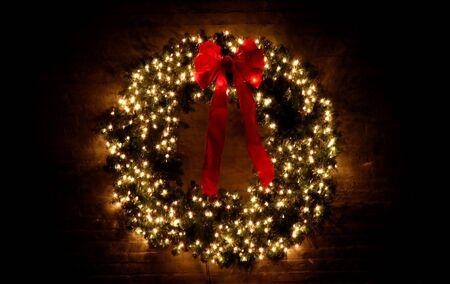 coronas navidenas: Corona de Navidad con luces