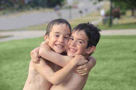 Boys Fuera de Juego en el agua  Foto de archivo - 1156961