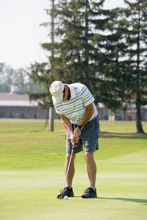 人のゴルフを再生