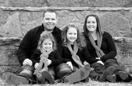 Glückliche Familie zu Weihnachten Standard-Bild - 24514759
