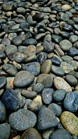 gorgeous slick small stones