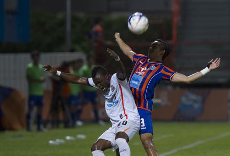 premier league: BANGKOK,THAILAND:JUNE 2015:Domminic Adiyiah No.40 ;PORT F.C.OBvs Nakhon Ratchasima Mazda F.C.Wat PAT Stadium;inThai Premier League on15July2015,Bangkok Thailand.