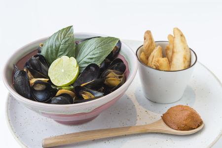 tom': Bouchut Mussels Tom Yum sauce.