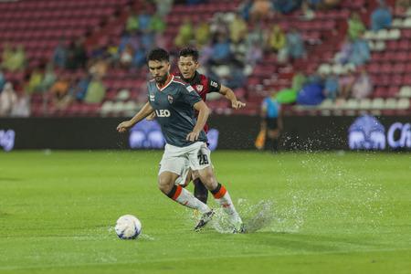 fa: BANGKOK,THAILAND:September 2015:Kiatpawut player of Chiangrai UTD during football Chang FA Cup round of 8 teams between SCG Mungthong UTD ; Chiangrai UTD  at SCG Stadium on September,23,2015inThailand.