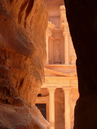 petra  jordan: Treasury, Al-Khazneh, view from Siq, Petra, Jordan Stock Photo