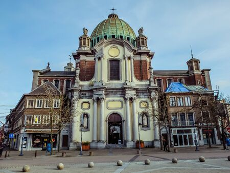 Charleroi, Belgium - December 28 2019: Saint-Christophe church at Place Charles II in Charleroi Éditoriale