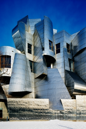 frank gehry: Weisman Art Museum is located on the University of Minnesota campus in Minneapolis, USA, designed by architect Frank Gehry, was completed in 1993